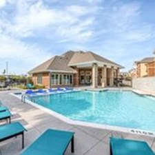 Pool at Listing #295509