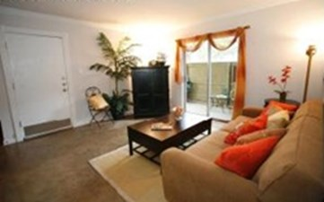 Living at Listing #140487