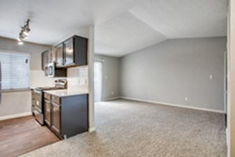 Living/Kitchen at Listing #136724
