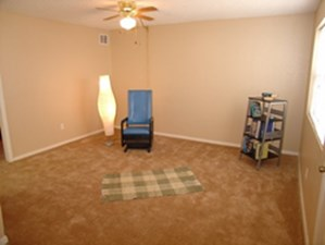 Living at Listing #140507