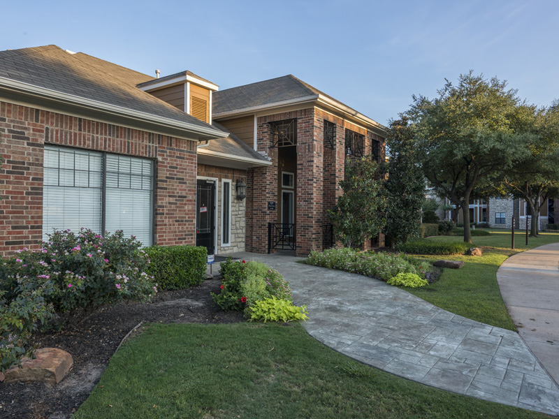 Exterior at Listing #138022