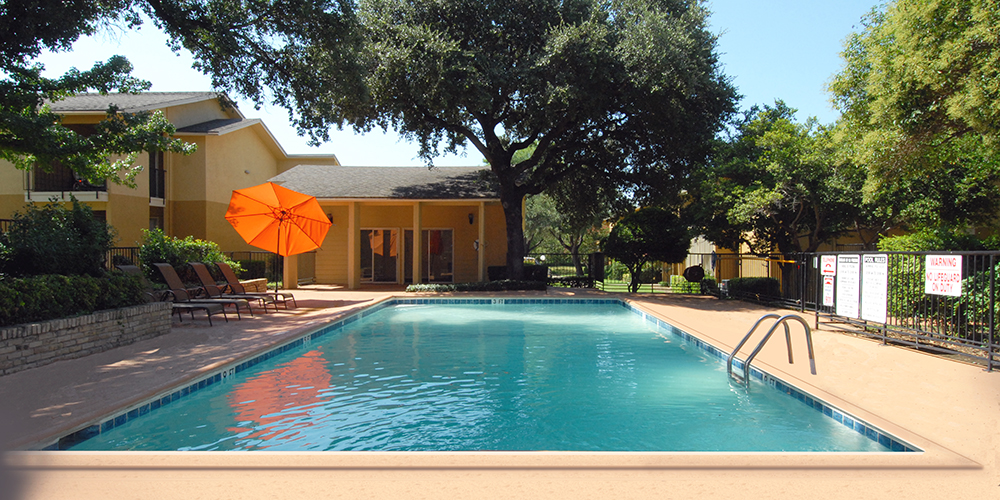 Pool at Listing #136072