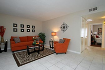 Living at Listing #139840