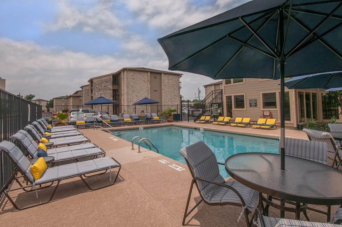 Pool at Listing #140225