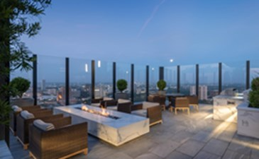 Rooftop Deck at Listing #286371