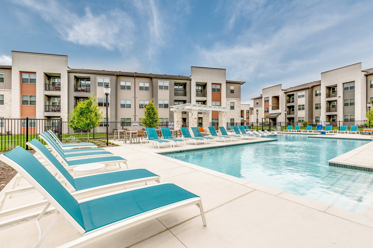 Mercantile Square Apartments Fort Worth TX