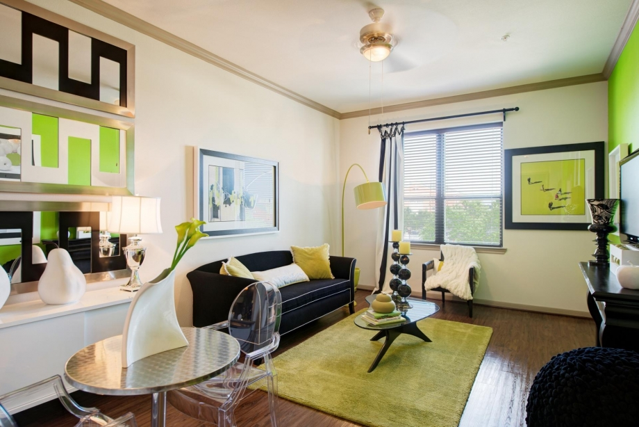 Living at Listing #150433