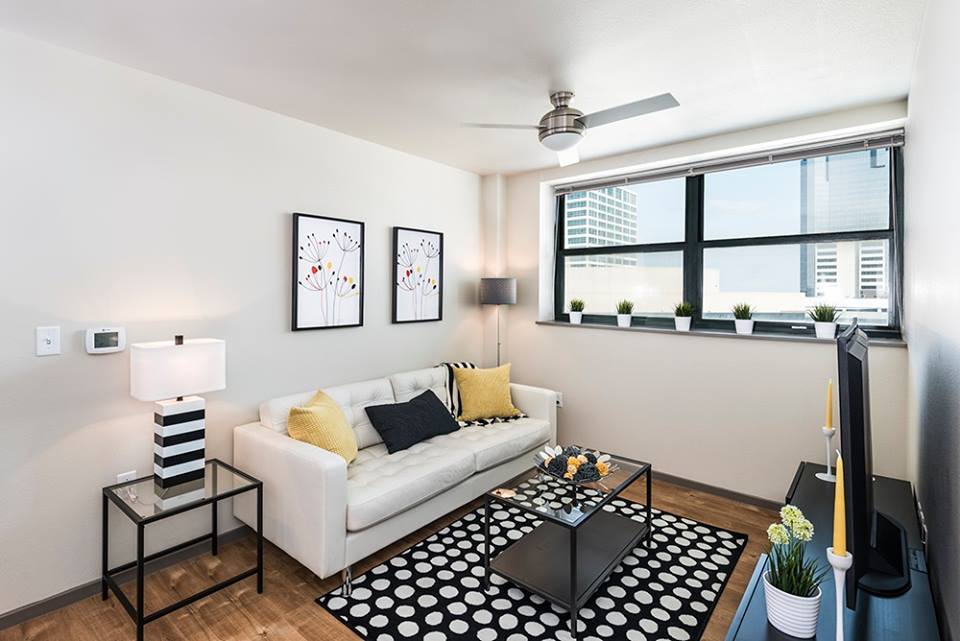 Living at Listing #242344