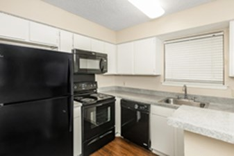 Kitchen at Listing #136152