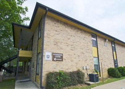 Rogers Landing Apartments Arlington, TX