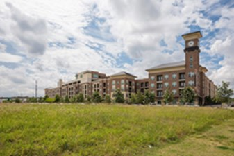 Residences at Hardy Yards at Listing #277625