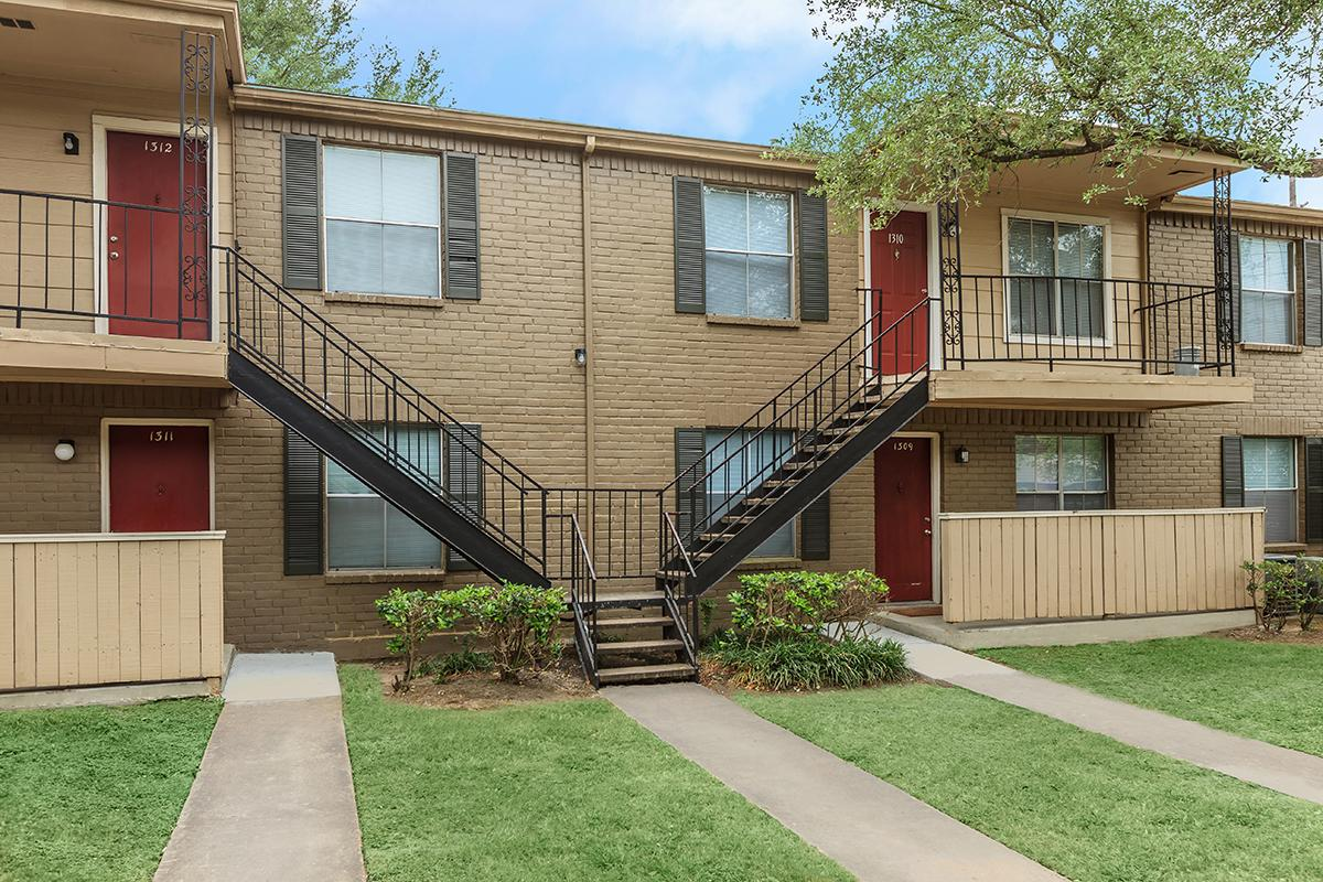 Exterior at Listing #138894