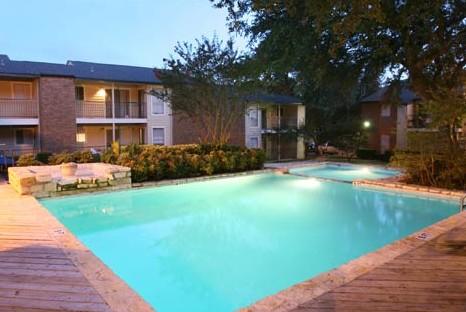 Pool at Listing #140285