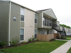 Exterior at Listing #147700