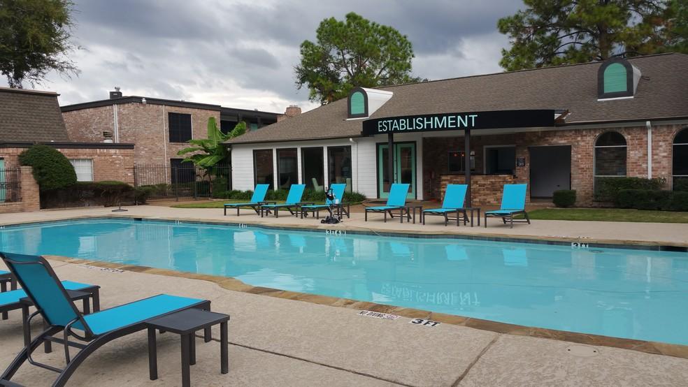 pool at Listing #138872