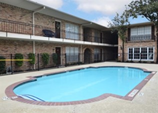 Pool at Listing #138947