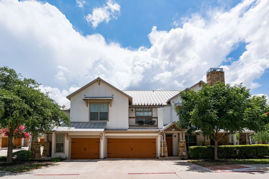 Exterior at Listing #147844