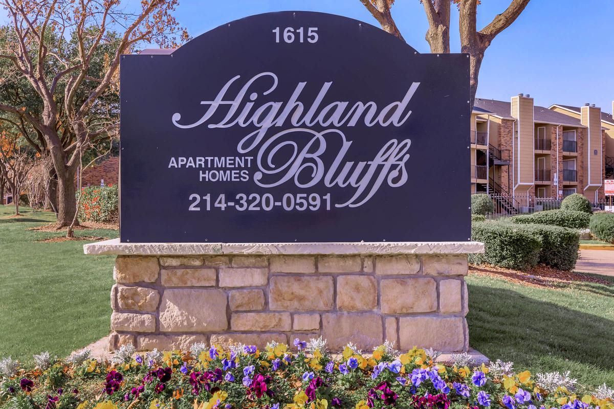 Highland Bluffs I Apartments