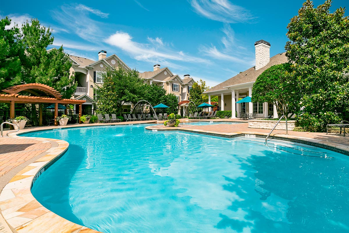 Pool at Listing #144705