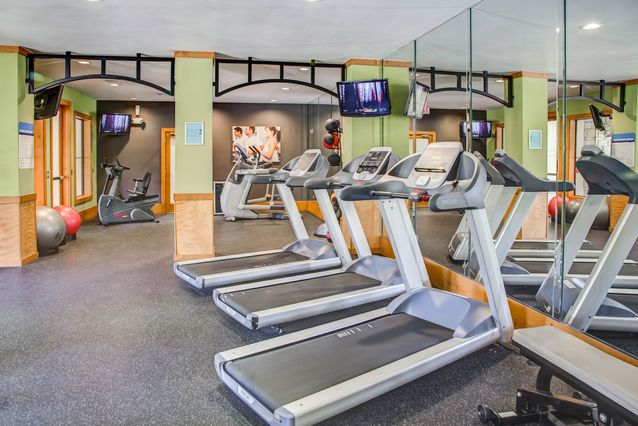Fitness Center at Listing #140692