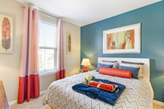 Bedroom at Listing #288977