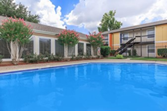 Pool at Listing #139512