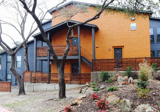 Lavera at Lake Highlands Apartments Dallas TX