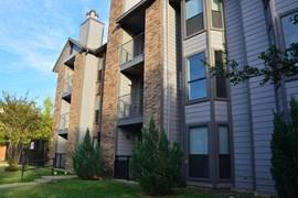 Lakewood on Henderson Apartments Dallas TX