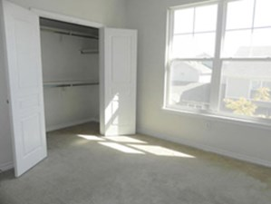 Bedroom at Listing #226951