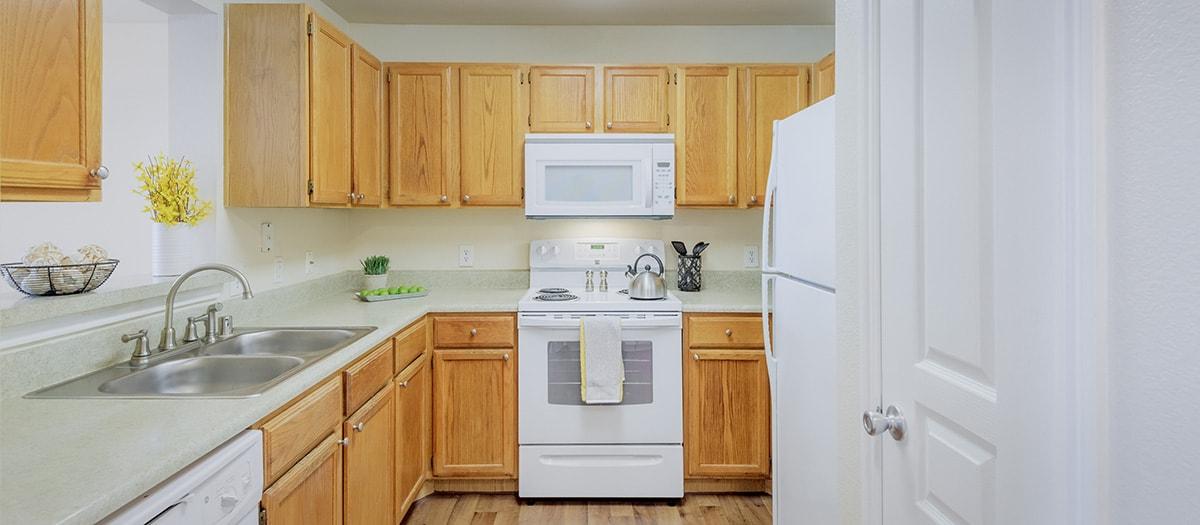 Kitchen at Listing #137941