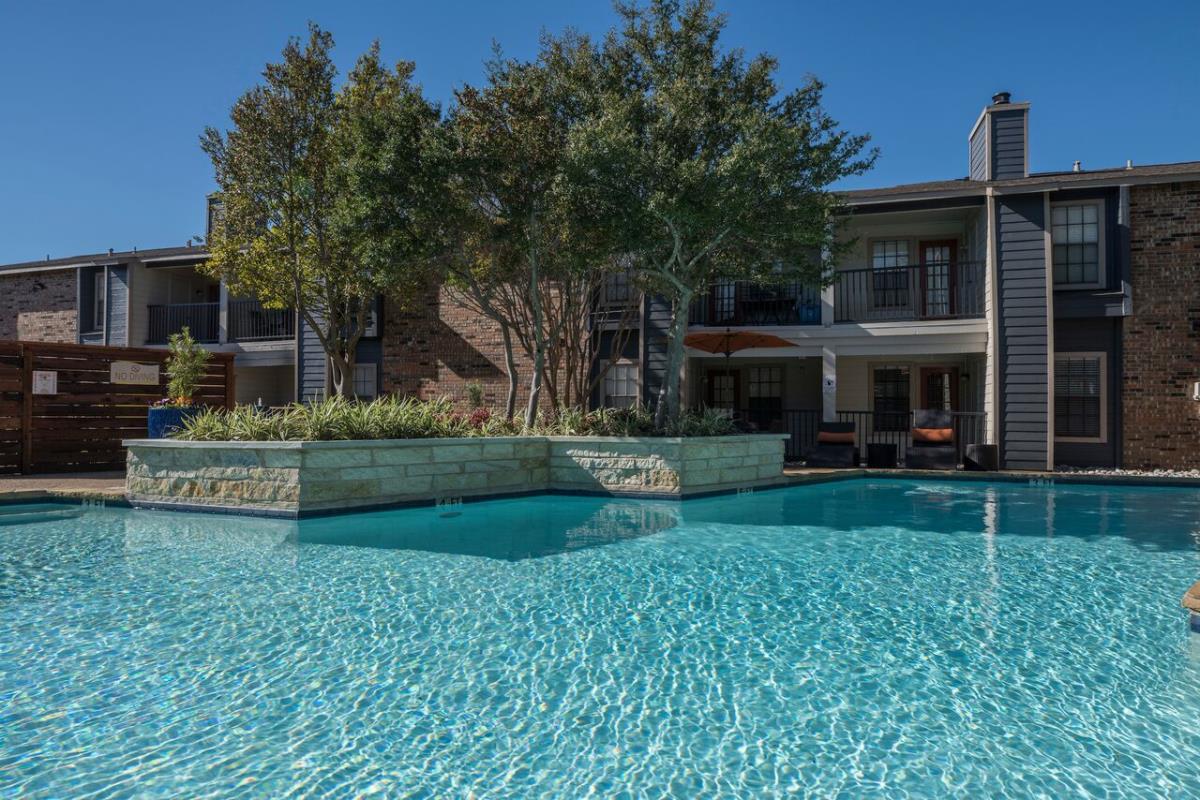 Pool at Listing #137130