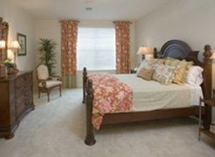 Bedroom at Listing #144637