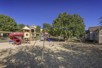 Playground at Listing #140675