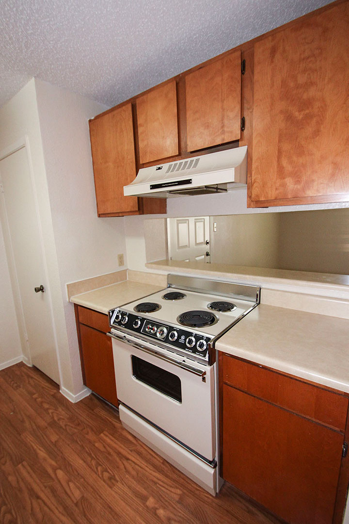 Kitchen at Listing #137087