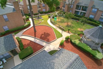 Courtyard at Listing #138509