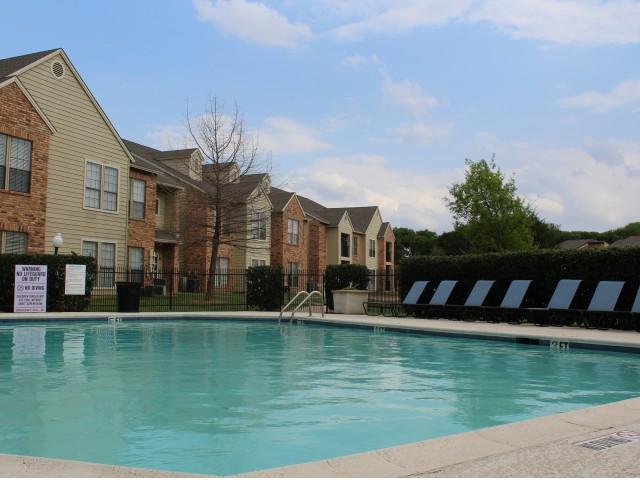 Pool at Listing #136762