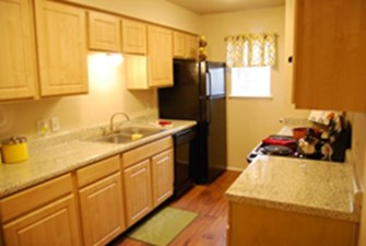 Kitchen at Listing #136168