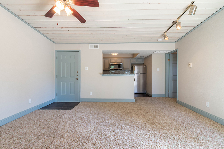 Living/Kitchen at Listing #137070