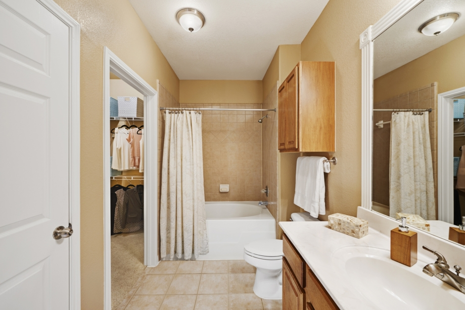 Bathroom at Listing #144215