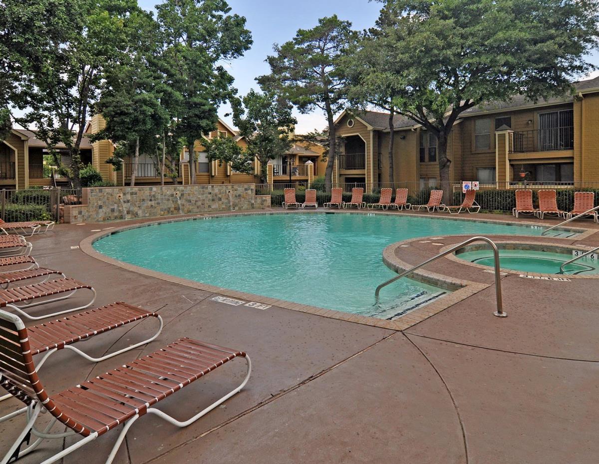 Pool at Listing #136824