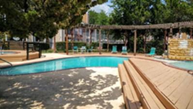 Pool at Listing #137178