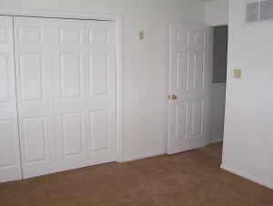 Bedroom at Listing #136956