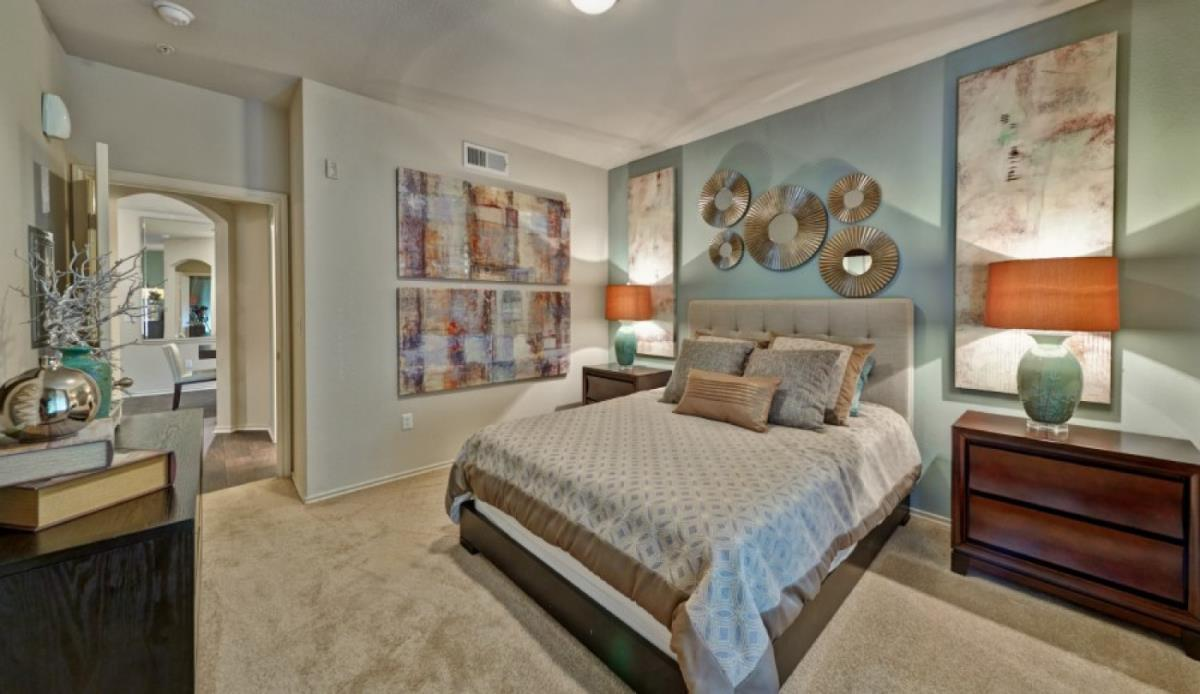 Bedroom at Listing #138119