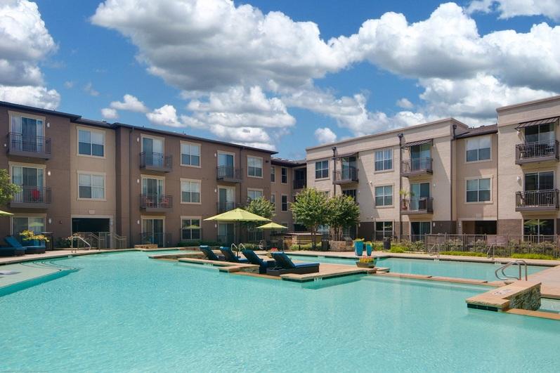 Pool at Listing #147838