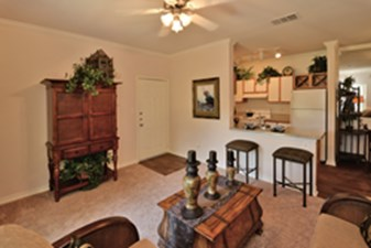 Living Room at Listing #138061