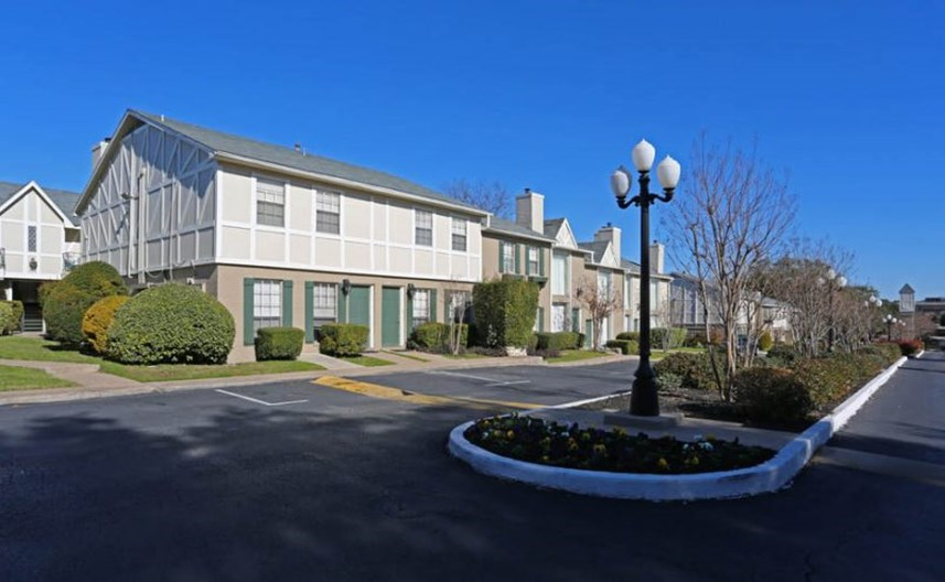 Chevy Chase Apartments