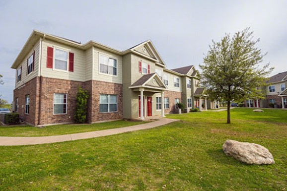 Westchester Woods Apartments