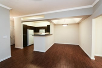 Dining/Kitchen at Listing #141408