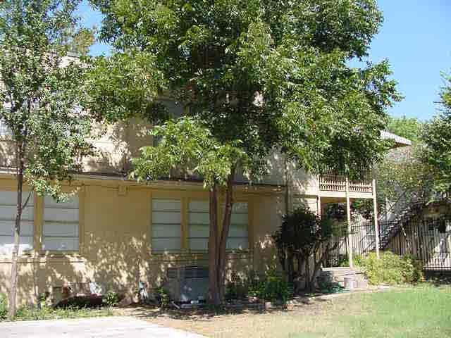 Exterior 1 at Listing #137936