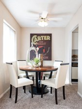 Dining at Listing #136978